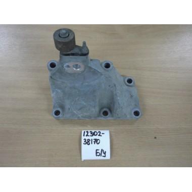 Кронштейн двигателя левый Б/У 1230238170