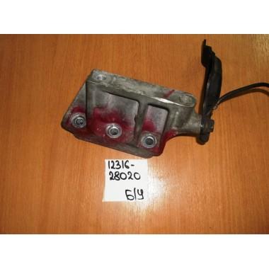 Кронштейн двигателя Б/У 1231628020