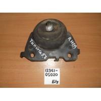 Опора двигателя Rh Б/У 123610s020