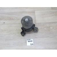 Опора двигателя Б/У 1236136080