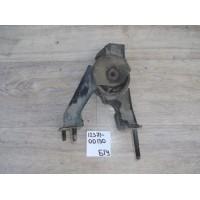 Опора двигателя Б/У 123710d130