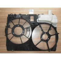 Диффузор радиатора 1671120160