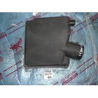 Крышка воздушного фильтра Б/У 1770538090