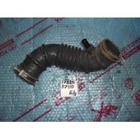 Патрубок воздушного фильтра Б/У 1788037110