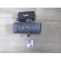 Патрубок воздушного фильтра Б/У 1788131190
