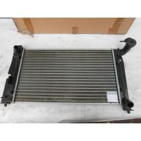 Радиатор охлаждения двигателя 284854H
