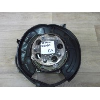 Кожух тормозного диска задний правый Б/У 4650348030