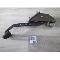 Педаль тормоза Б/У 4710648030
