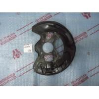 Защитный кожух тормозного диска передний правый Б/У 4778122200