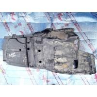 Пыльник двигателя Б/У 5140905020