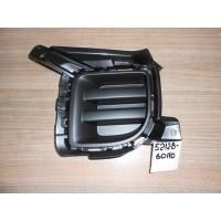 Заглушка переднего бампера левая LC200 5212860110