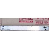 Усилитель переднего бампера Б/У 5213147060