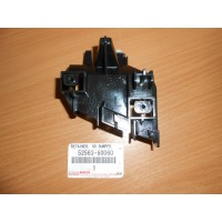 Кронштейн заднего бампера Lh 5256360060