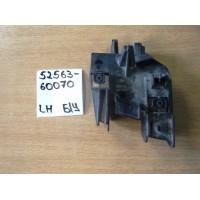 Кронштейн бампера RR Lh Б/У 5256360070