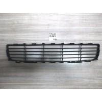 Решетка радиатора Auris Б/У 5311212120