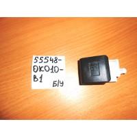 Рычаг открывания лючка бензобака Б/У 555480K010B1