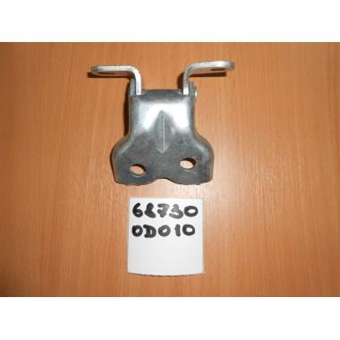 Петля передней правой двери нижняя 687300D010