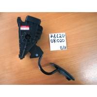 Педаль акселератора Б/У 781200K020