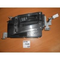 Проектор на лобовое стекло автомобиля Б/У 8314130100