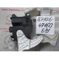 Мотор привода заслонки отопителя Б/У 8710647160