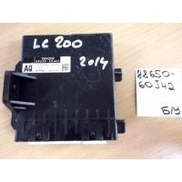 Блок управления кондиционером Б/У 8865060J42