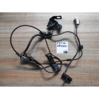 Датчик ABS FR Rh Б/У 895420K020