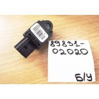 Датчик подушки безопасности Б/У 8983102020