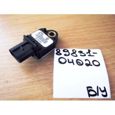 Датчик подушки безопасности Б/У 8983104020