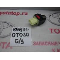 Датчик подушки безопасности Б/У 898310T030