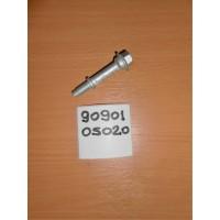 Болт крепления приемной трубы 9090105020