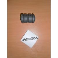 Сайлентблок переднего рычага Carina E J42020A