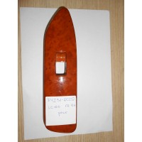 LC100 Накладка кнопки стеклоподъёмника FR RH 7423160251